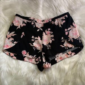 Forever 21 black and coral floral shorts
